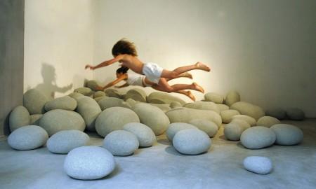 mobiliario piedras